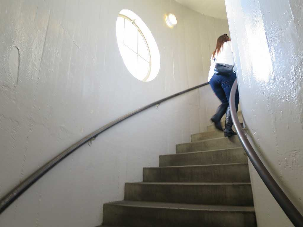 コイトタワー - 螺旋階段