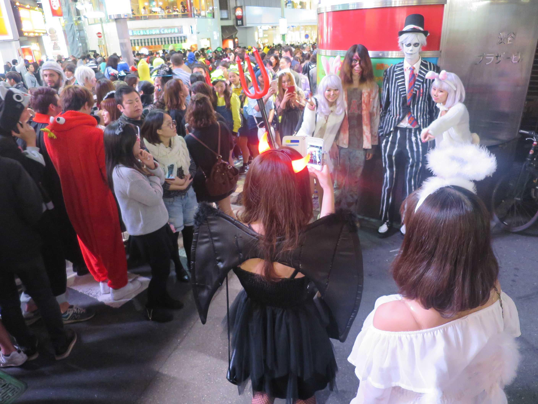 渋谷ハロウィン - 人だかり