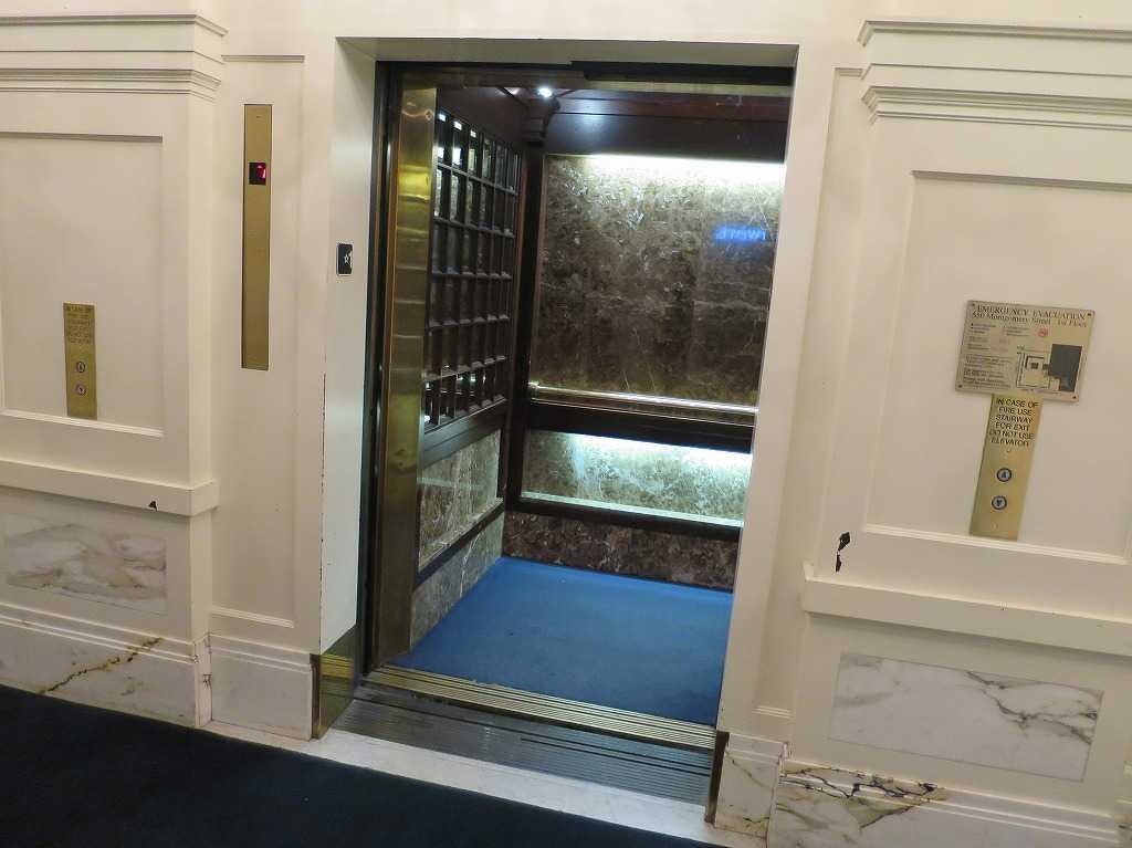 サンフランシスコ - 古典的なエレベーター