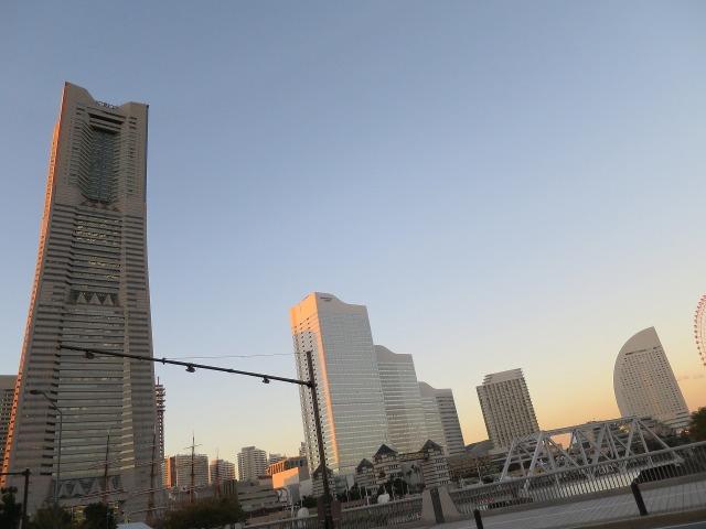 夕暮れ時の横浜
