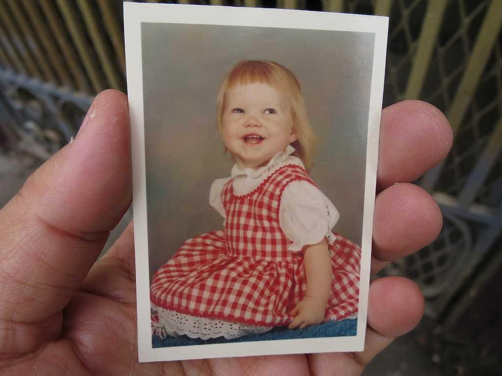 アメリカ人の女の子の古い写真
