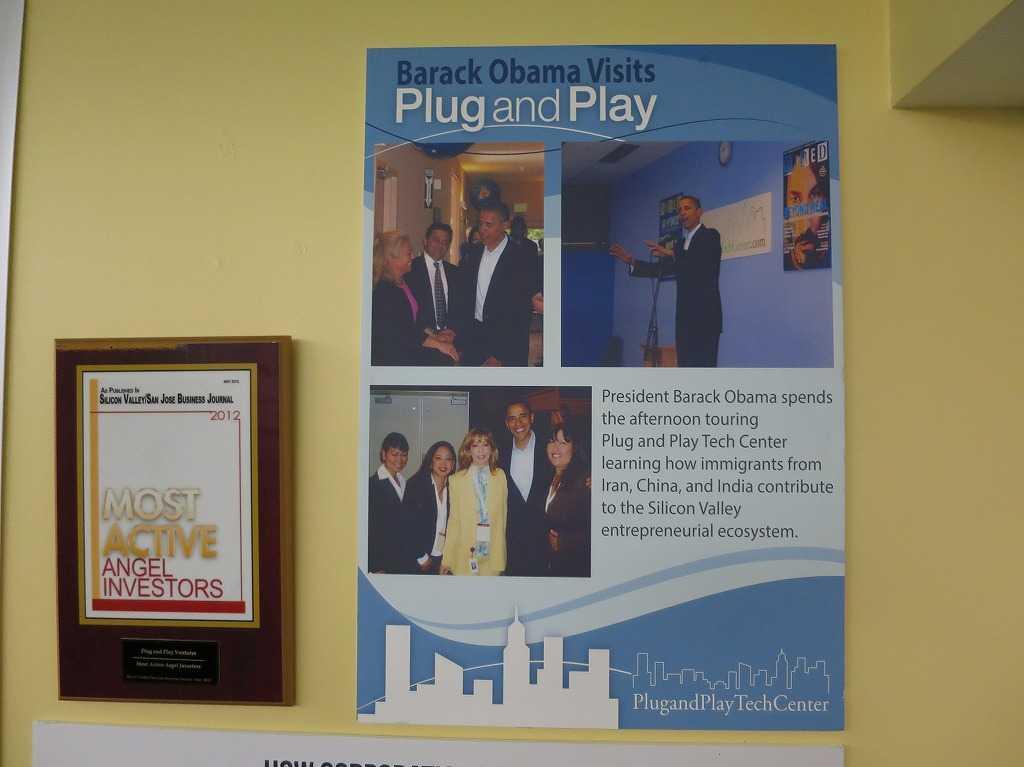 プラグ・アンド・プレイ テックセンター - Barack Obama Visits Plug and Play!