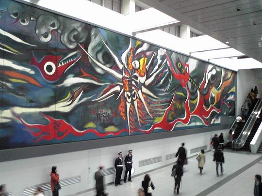 渋谷駅の岡本太郎 「明日の神話」