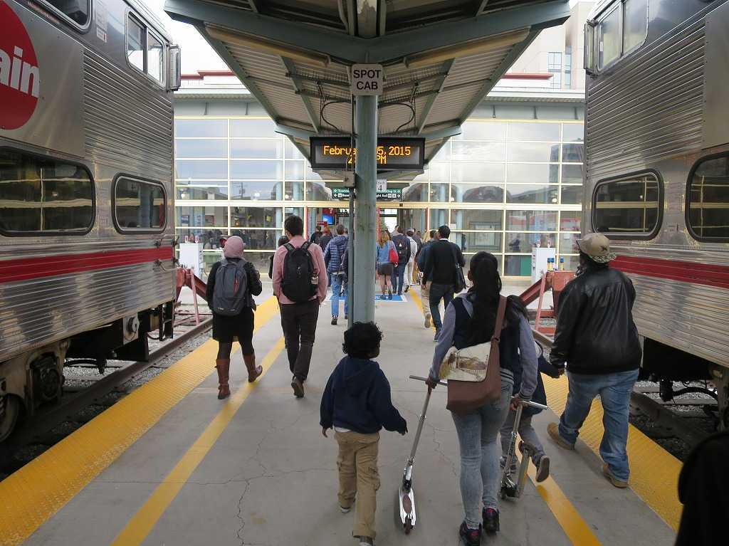 カルトレインの終着駅「サンフランシスコ 4番&キングストリート駅(4th & King Street, San Francisco Station)」