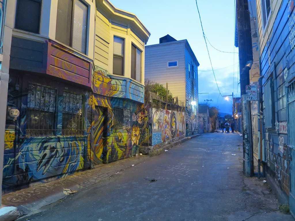 トワイライトブルー - サンフランシスコ・ミッション地区