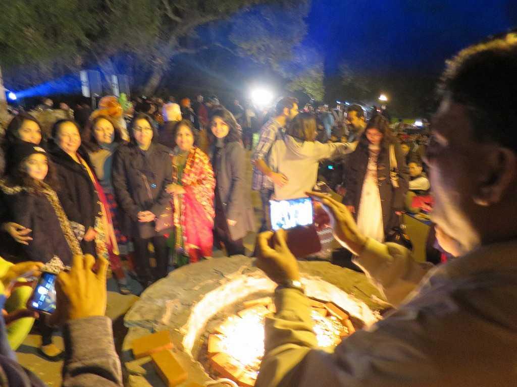 スタンフォード大学 - インド系女性たちの記念撮影