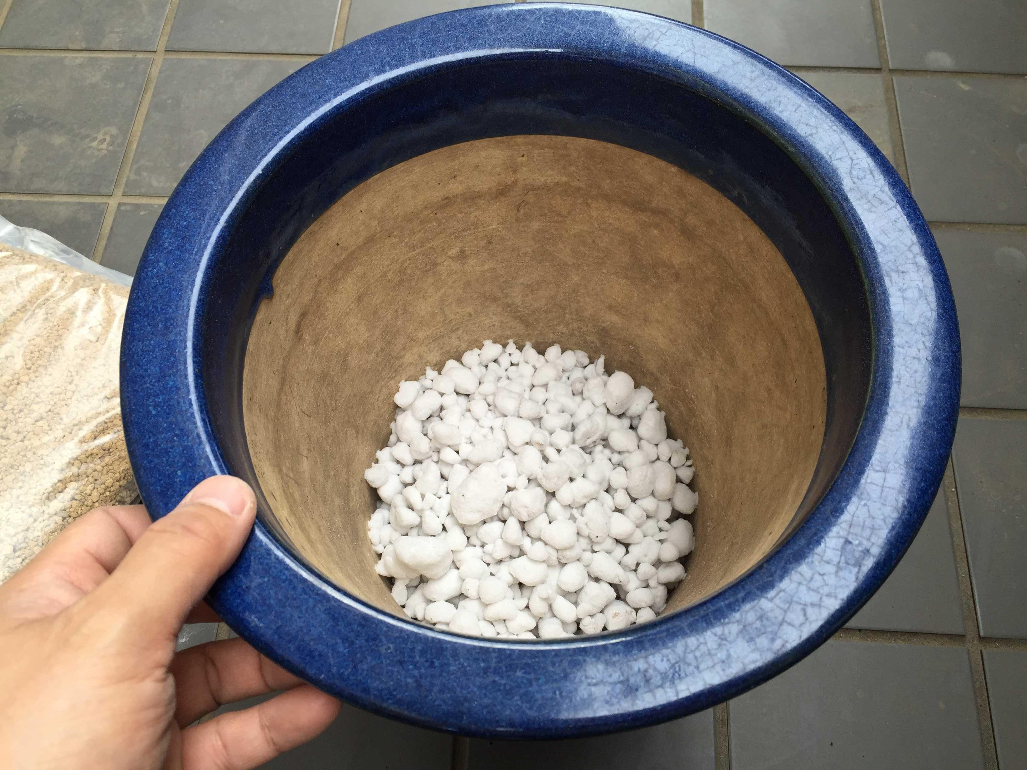 かる~い鉢底石