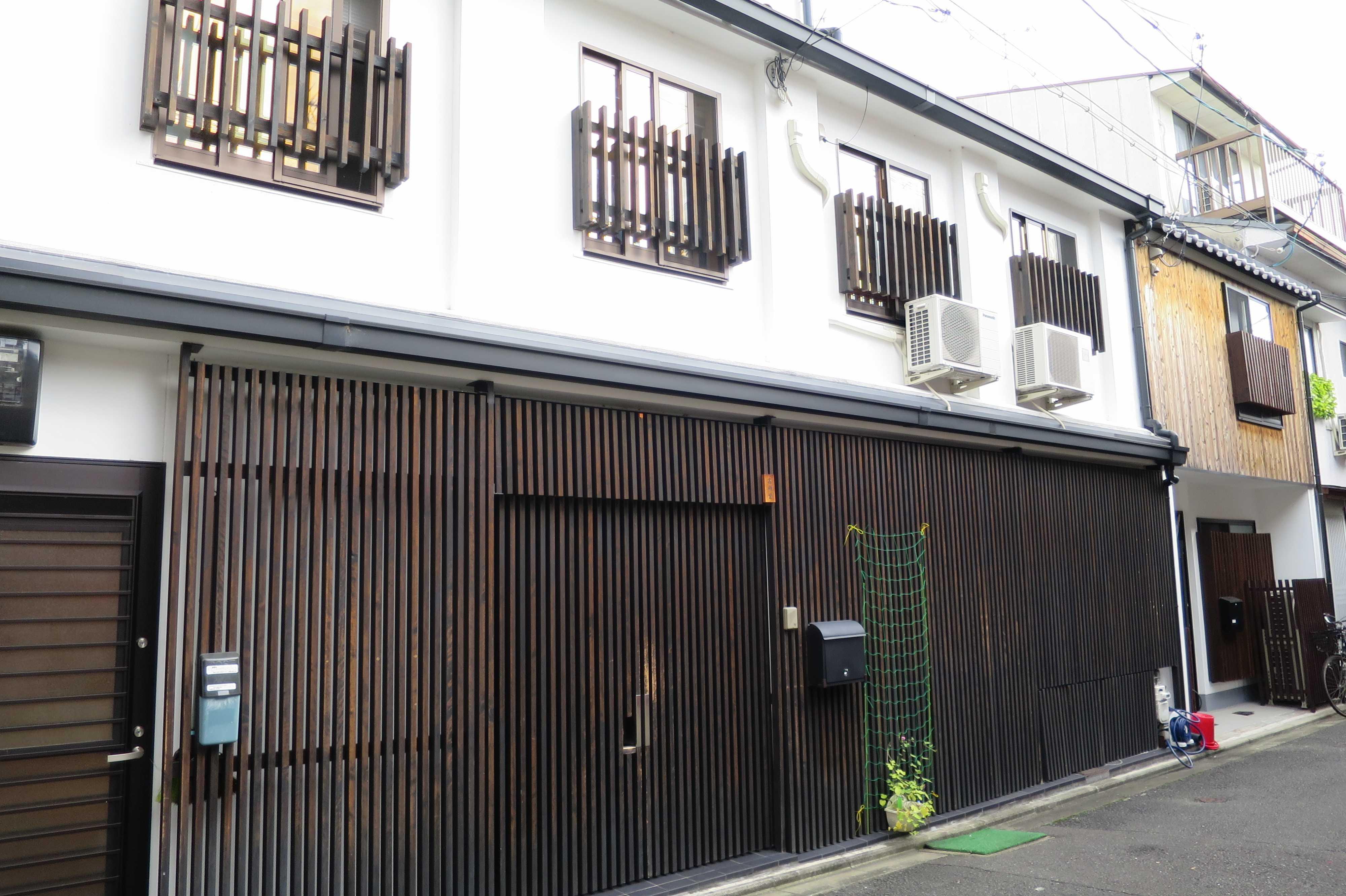 京都・五条楽園 - 遊郭(置屋?)をリノベーションした家