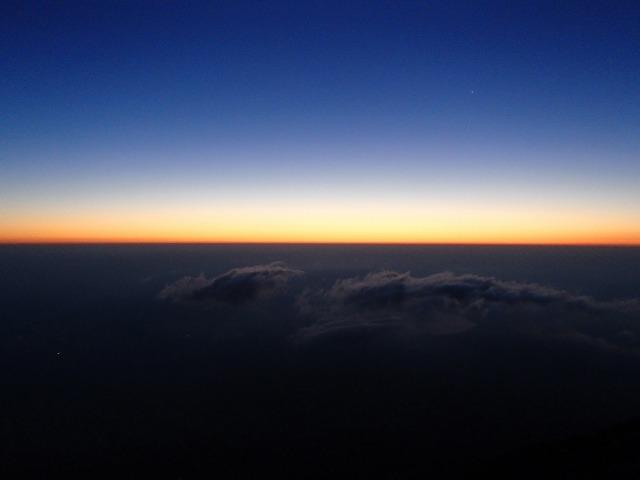富士山のご来光直前