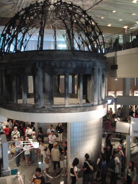 広島平和記念資料館 内部の様子