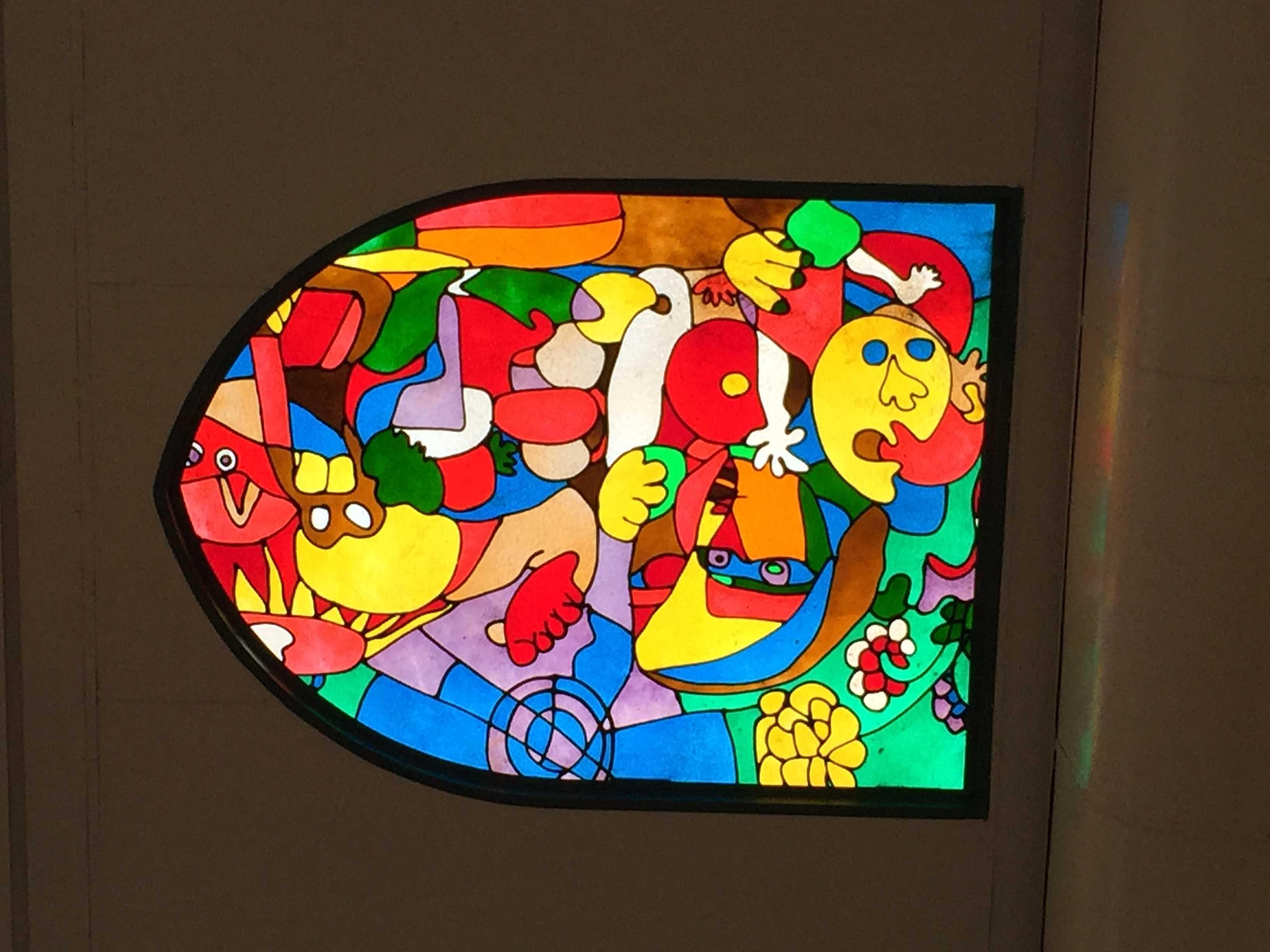 銀柳街のアーケードの天井にあったステンドグラス