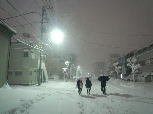 大雪に見舞われる八王子市田町の旧遊郭跡