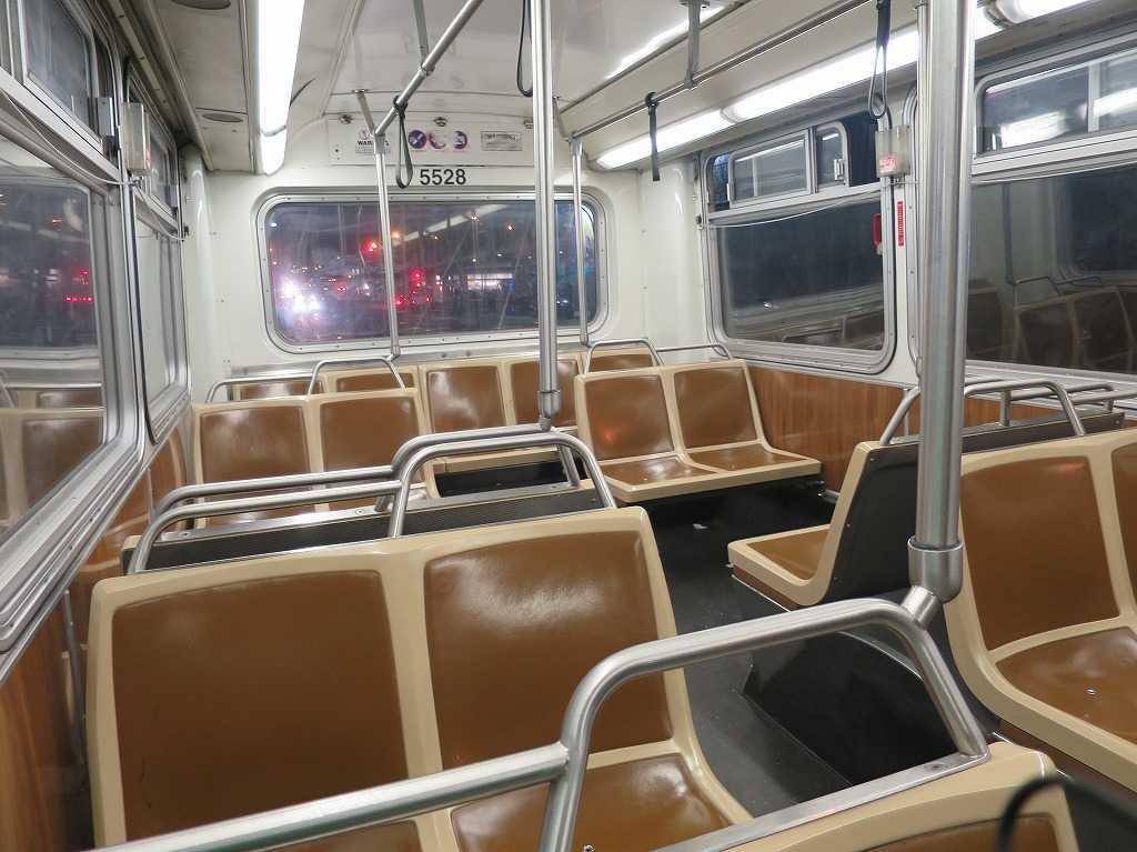 サンフランシスコ - muniバスの座席
