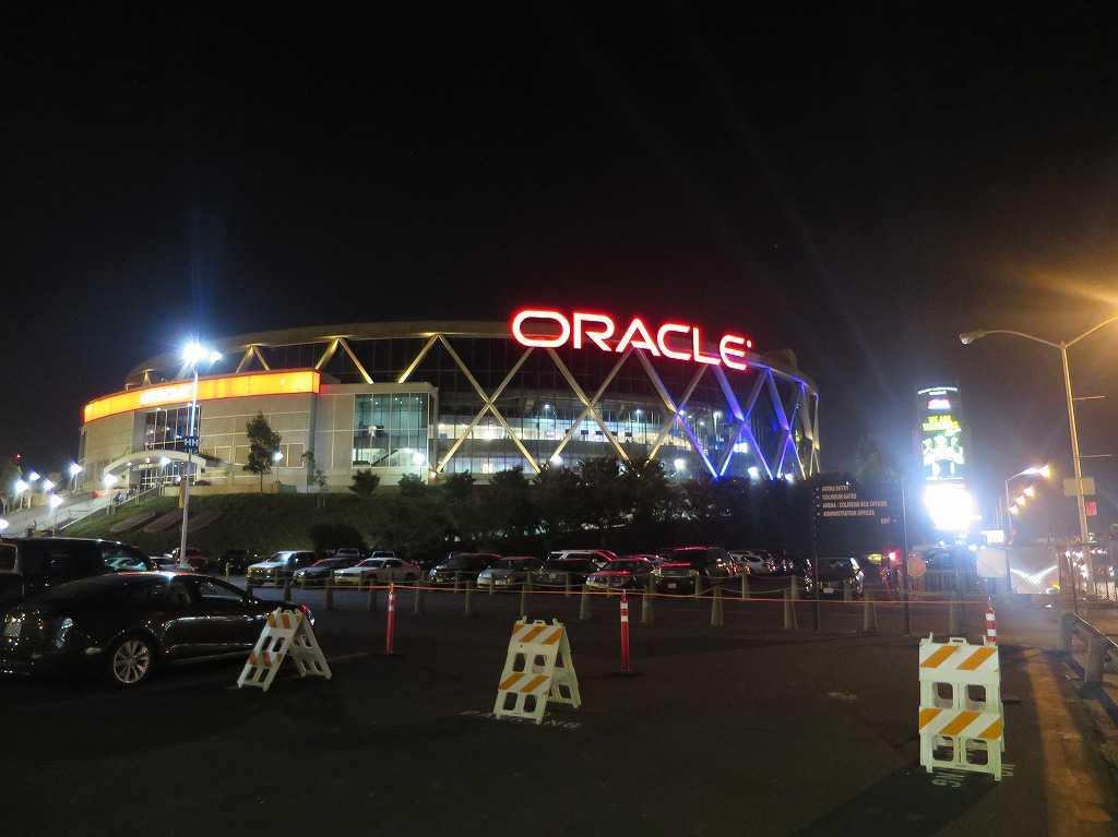 オークランド - Oracle Arena