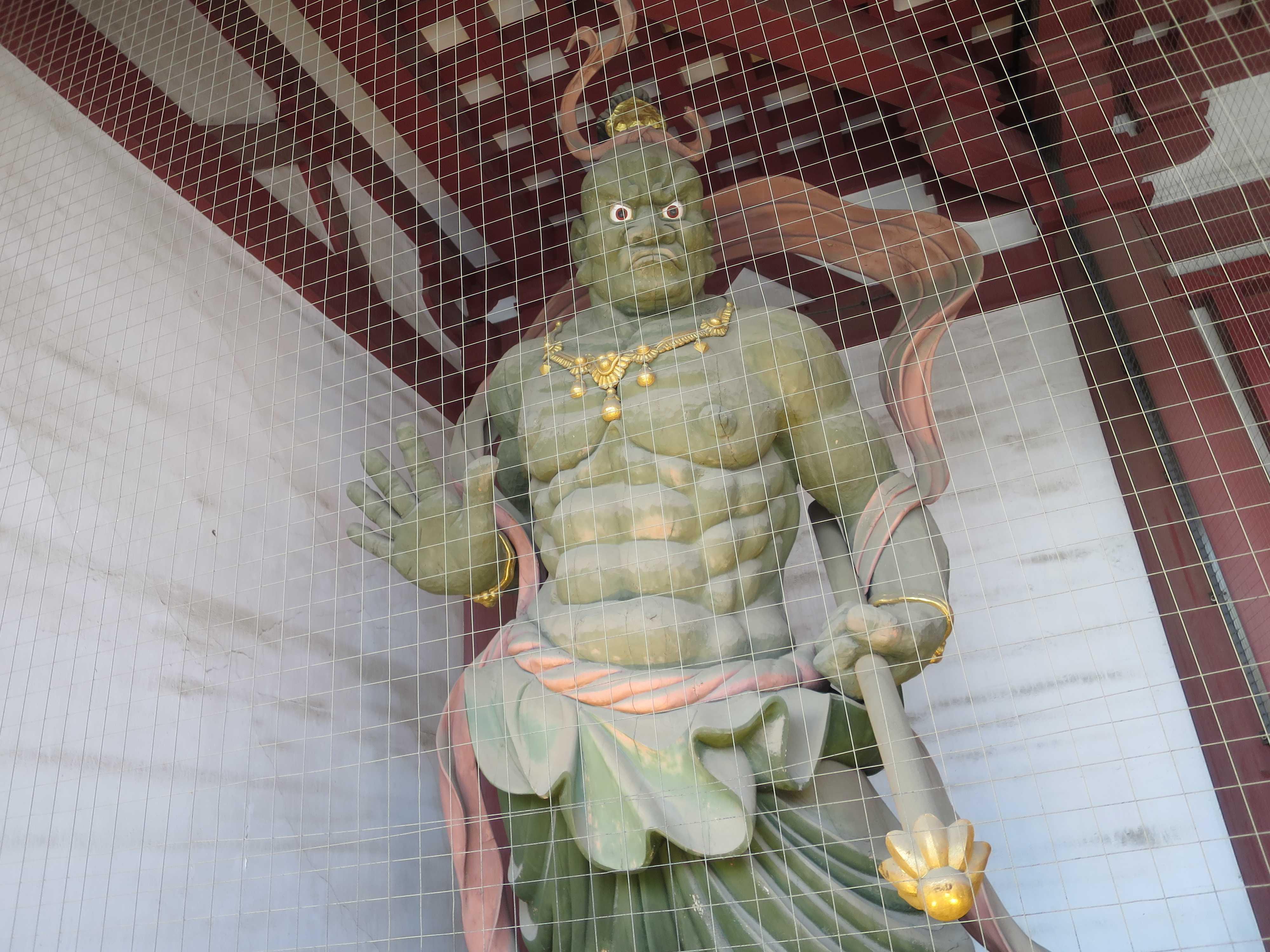仁王門の吽形(うんぎょう/口を閉じている仁王像)