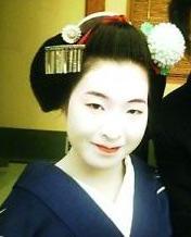 京都の舞妓さんの顔