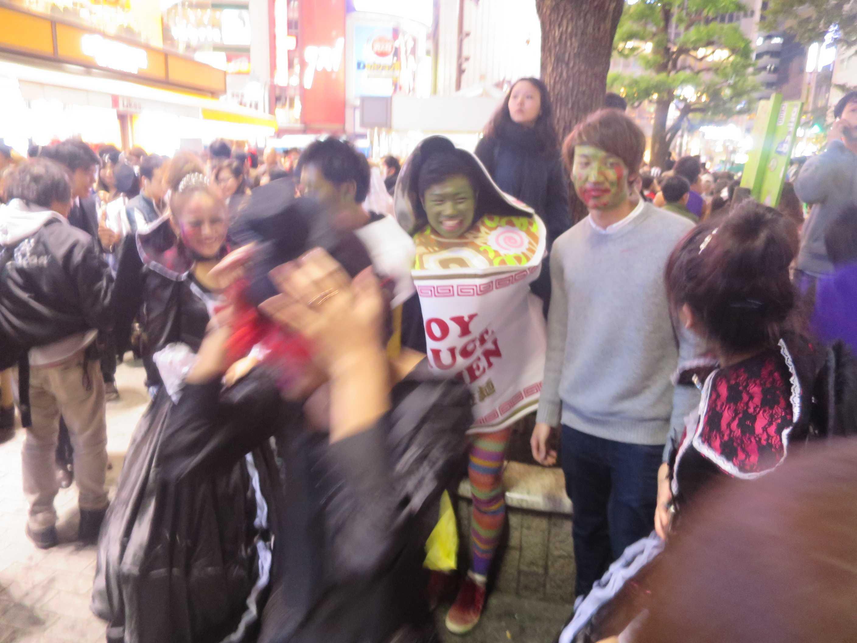 渋谷ハロウィン - カップヌードル