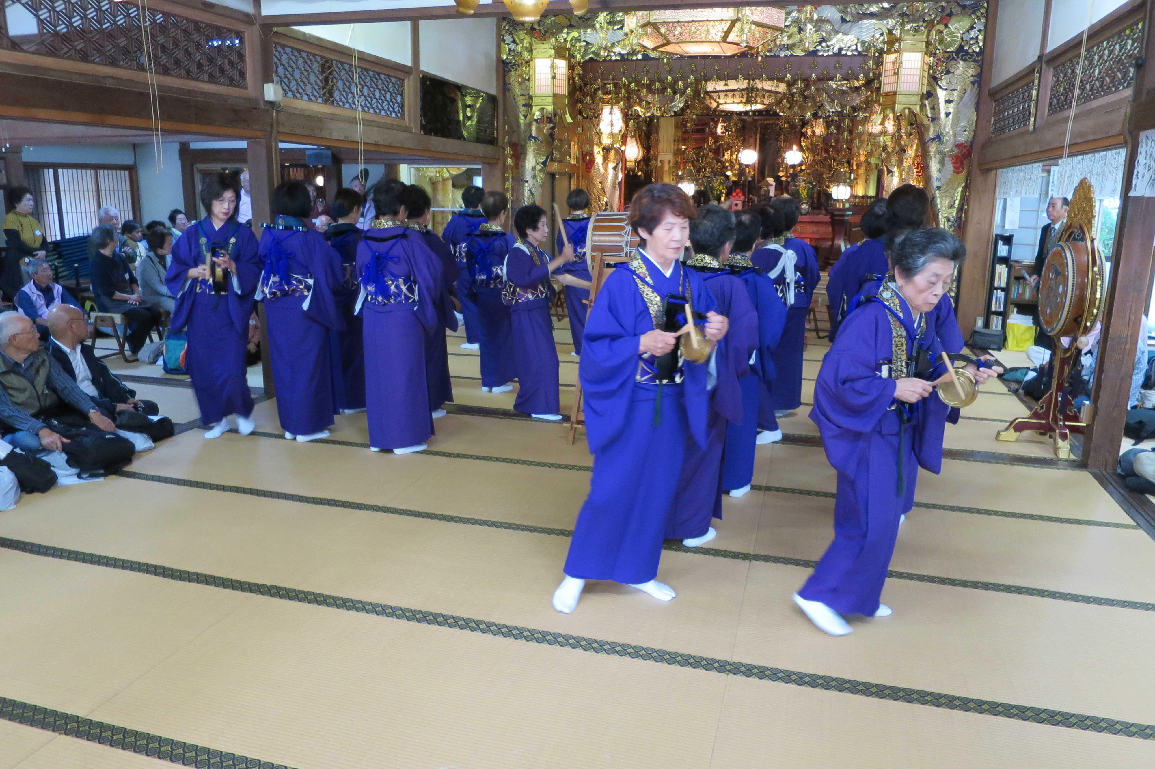 無量光寺の踊り念仏 - 終了