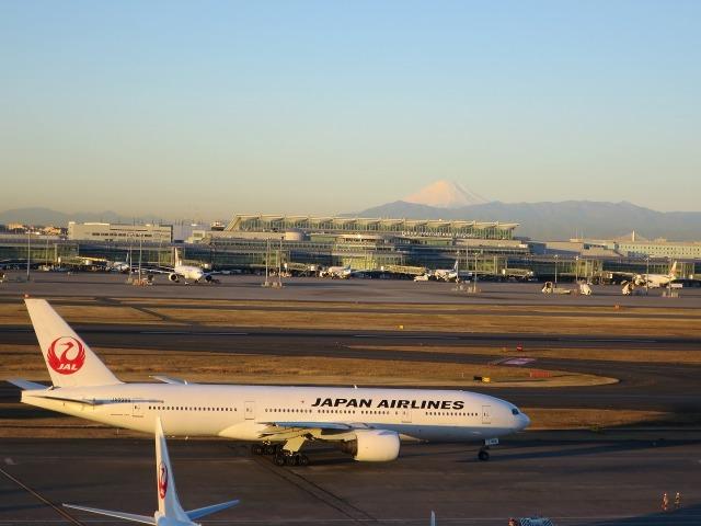 JAL機(日航機)と富士山