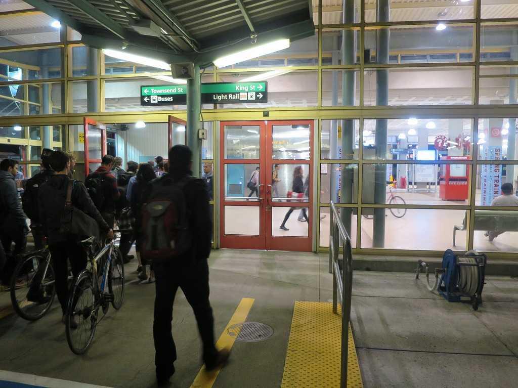 サンフランシスコ「4番&キングストリート駅」
