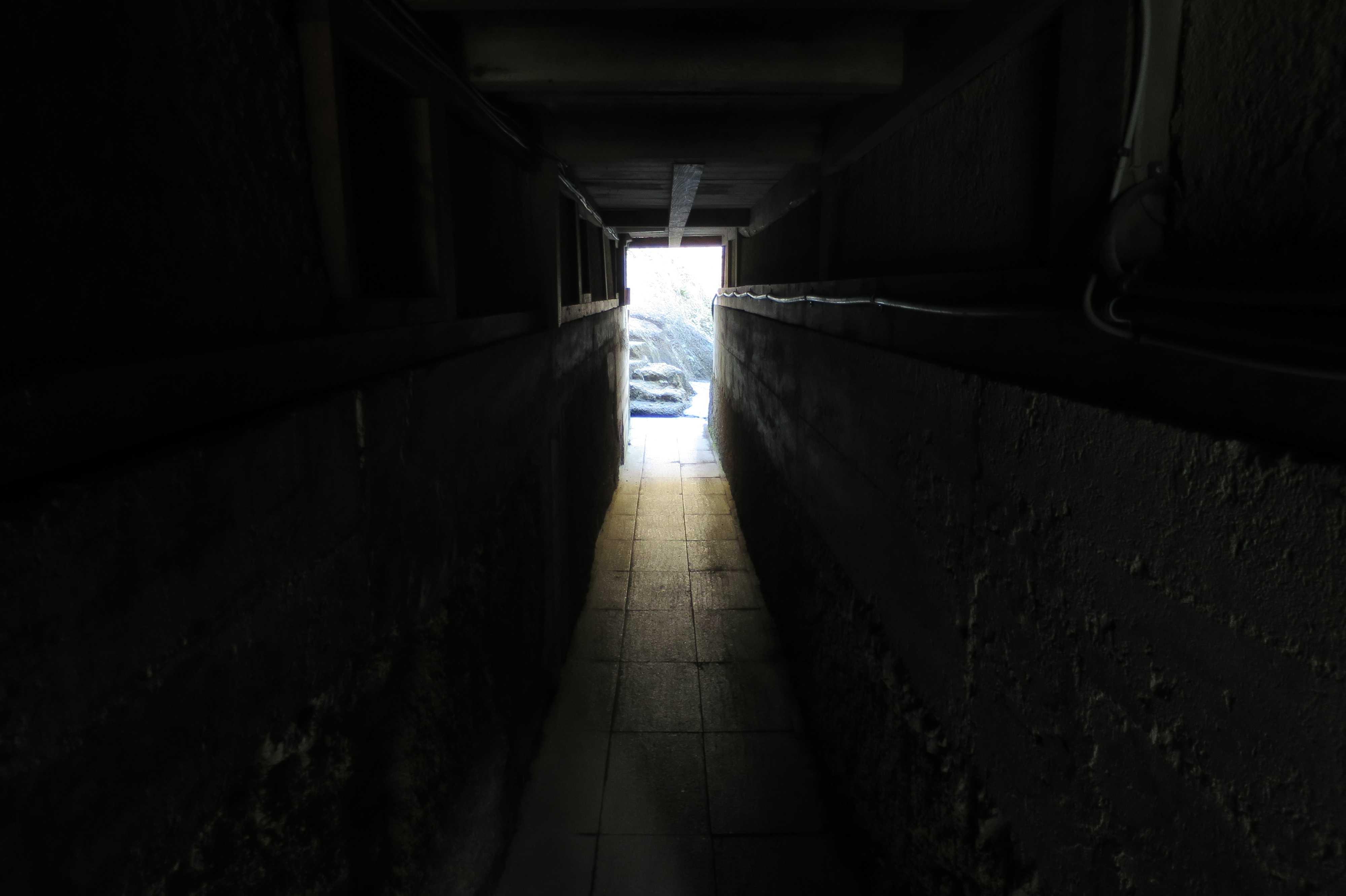 弘法大師捨身のお行場への通路