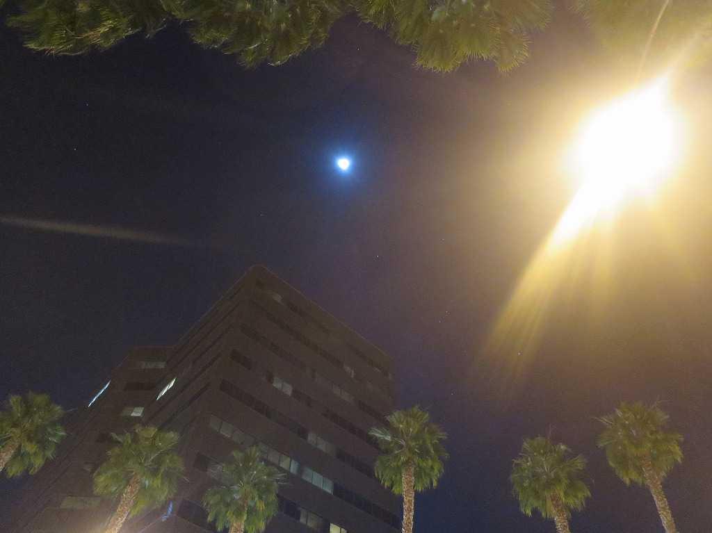 サンノゼの月