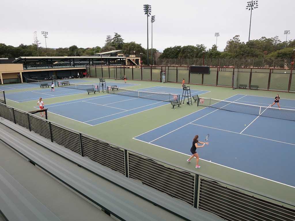 スタンフォード大学 - テニスコート