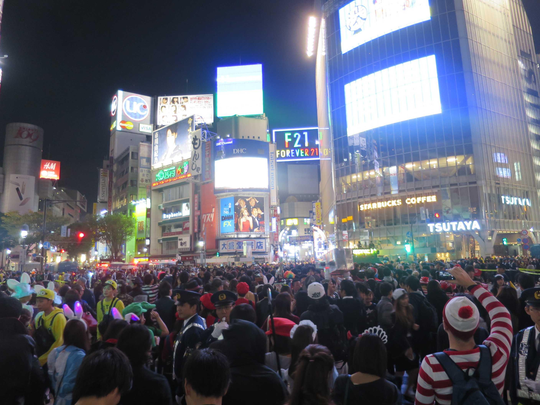 渋谷ハロウィーン - 大騒ぎの渋谷