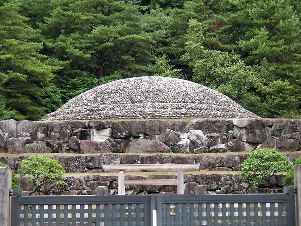 武蔵陵墓地(昭和天皇陵)
