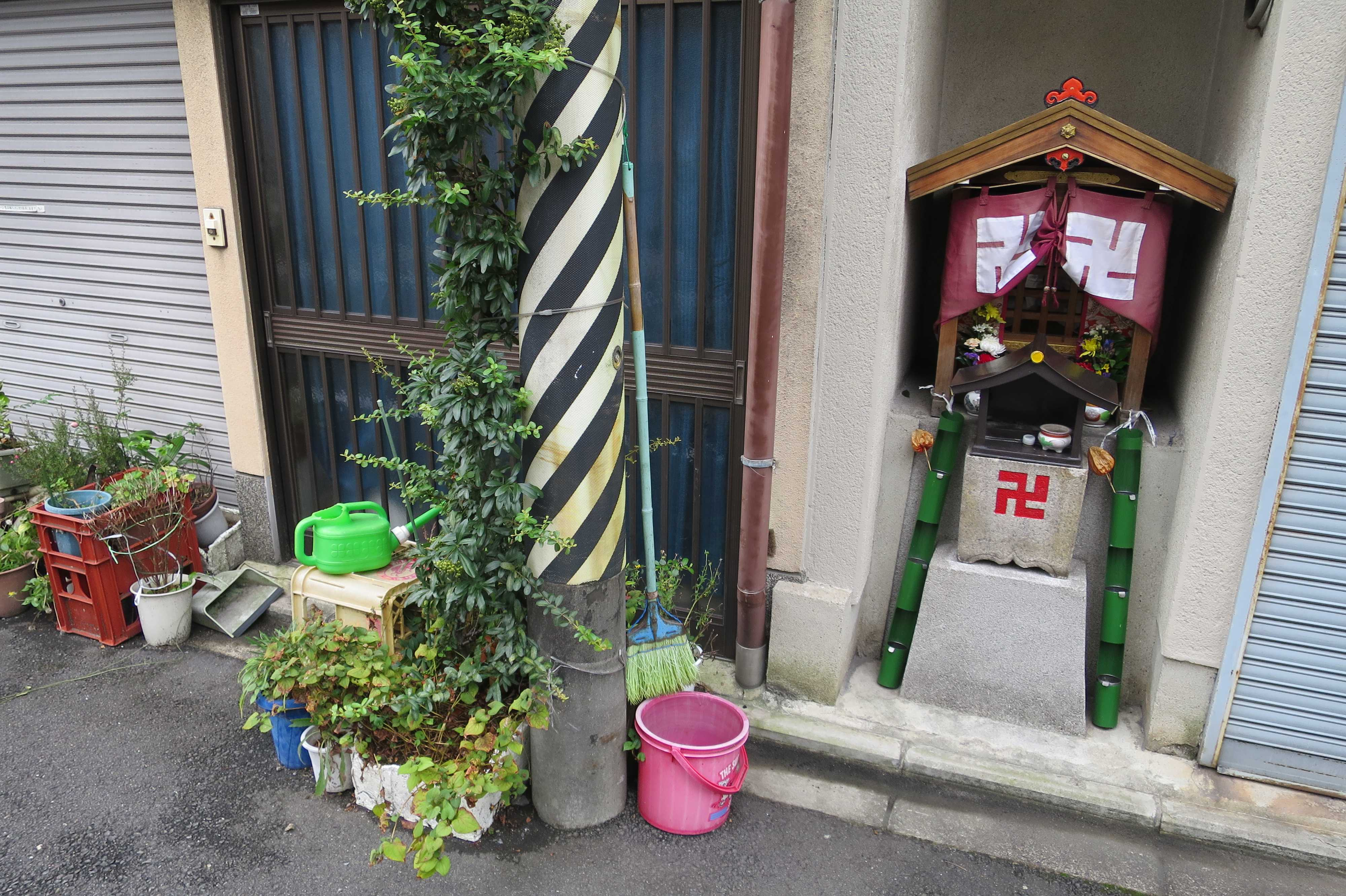 道端のお地蔵さん(京都市下京区)