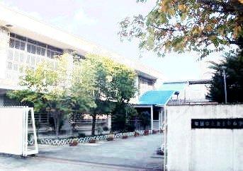 旧北千里小学校