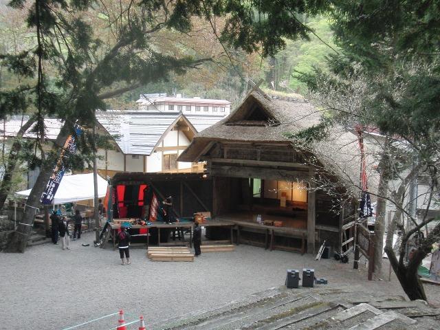 奉納歌舞伎「檜枝岐歌舞伎」の舞台
