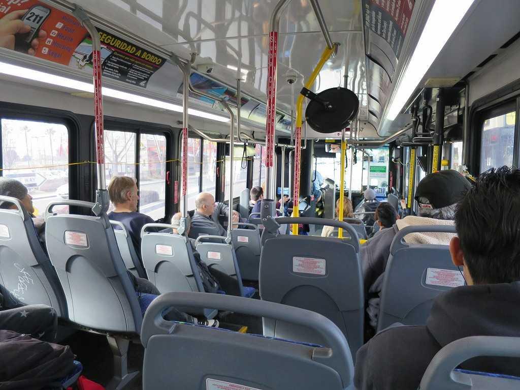 サンノゼ - バスの車内