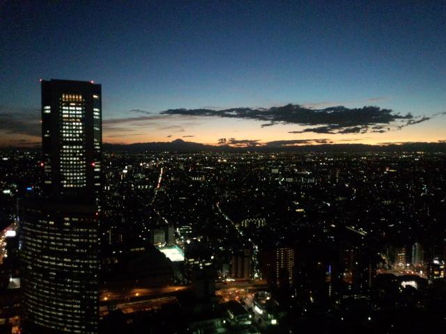 新宿の黄昏時