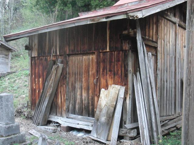 福島県檜枝岐村 - 古い小屋