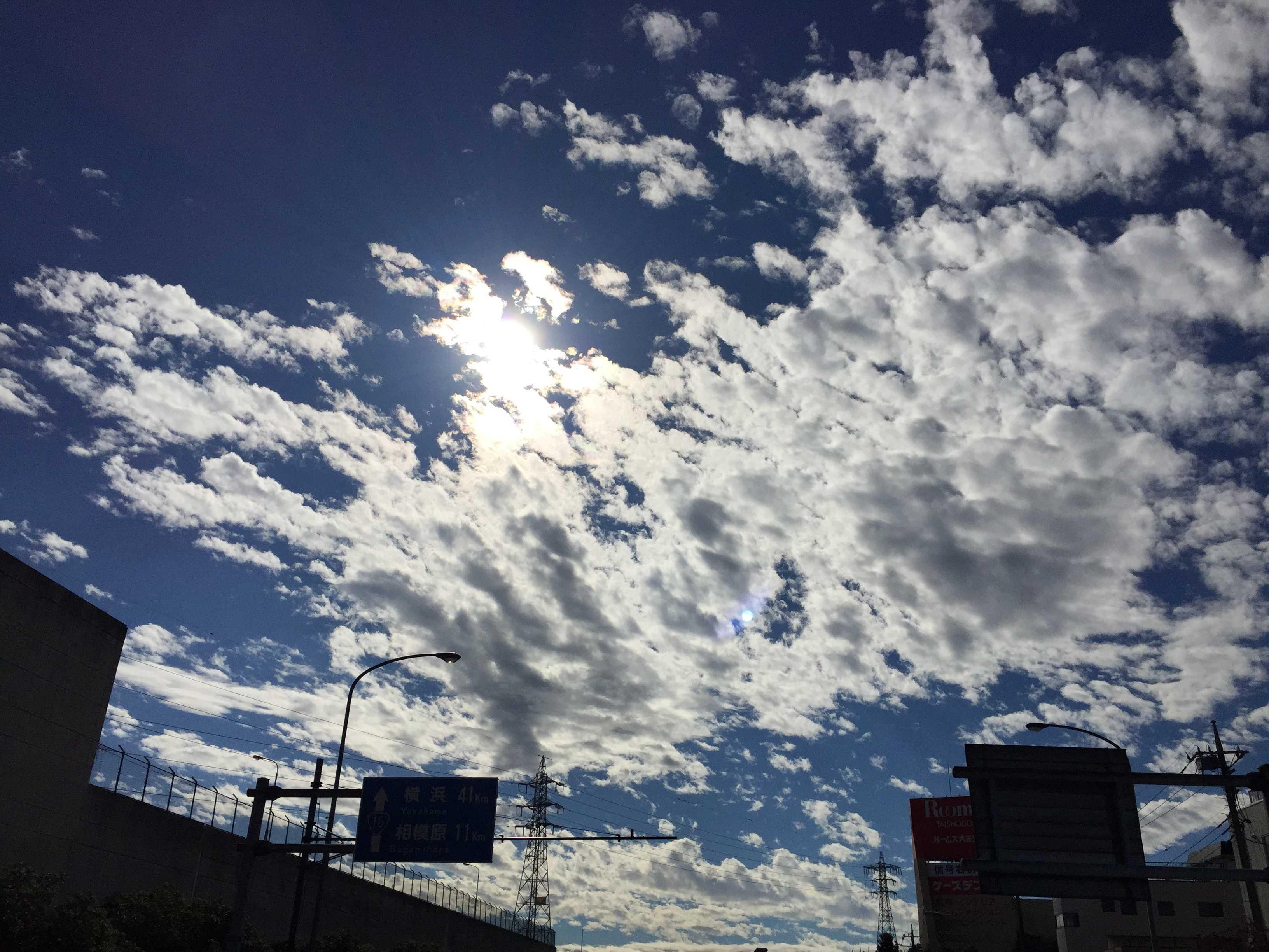 晩秋の空と雲