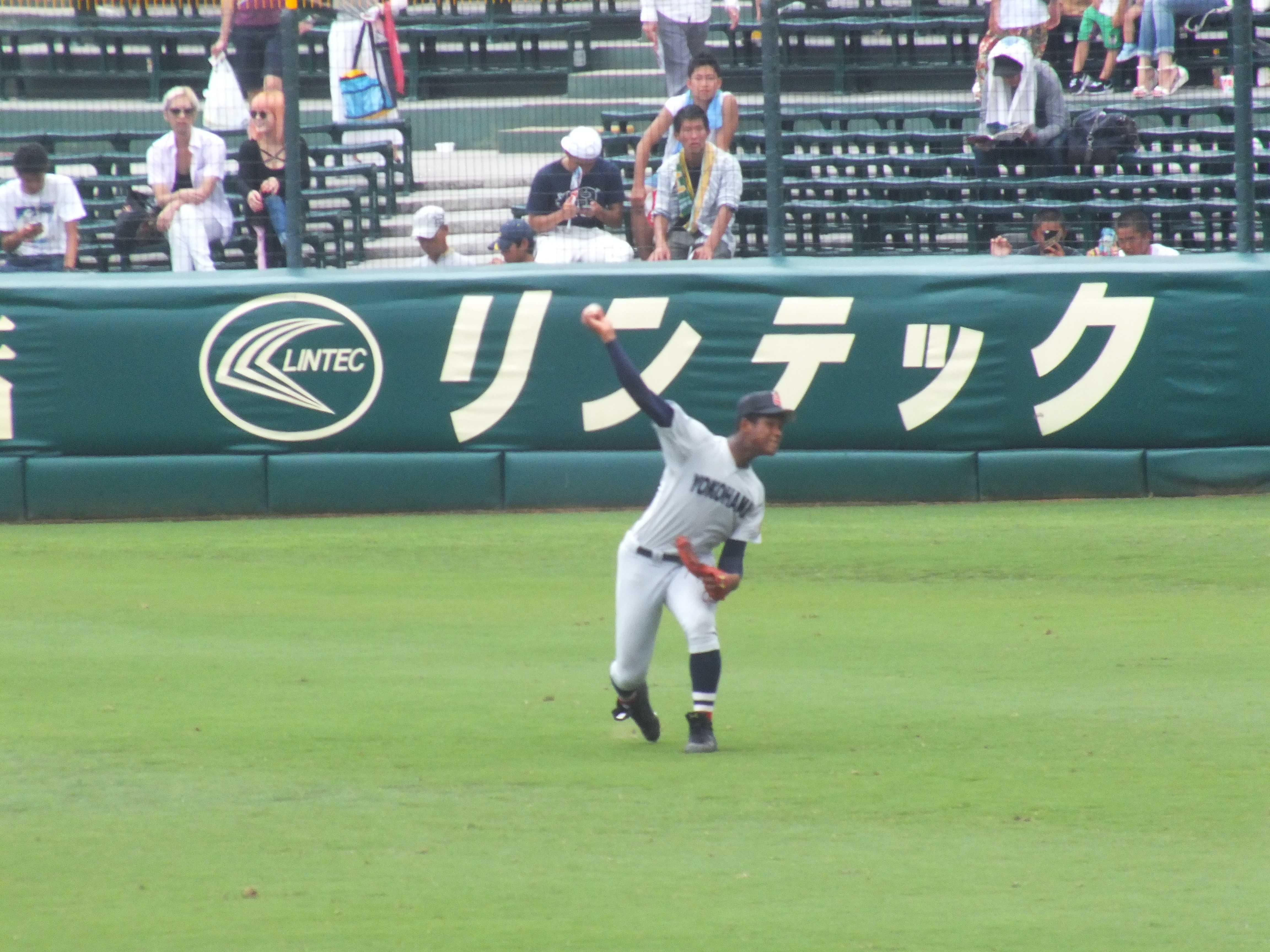 横浜高校・万波中正外野手