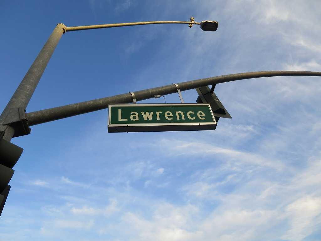 Lawrence(ローレンス)の標識