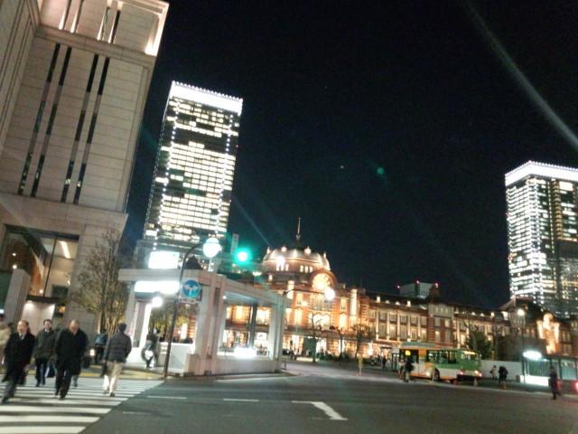 夜の東京駅赤レンガ駅舎