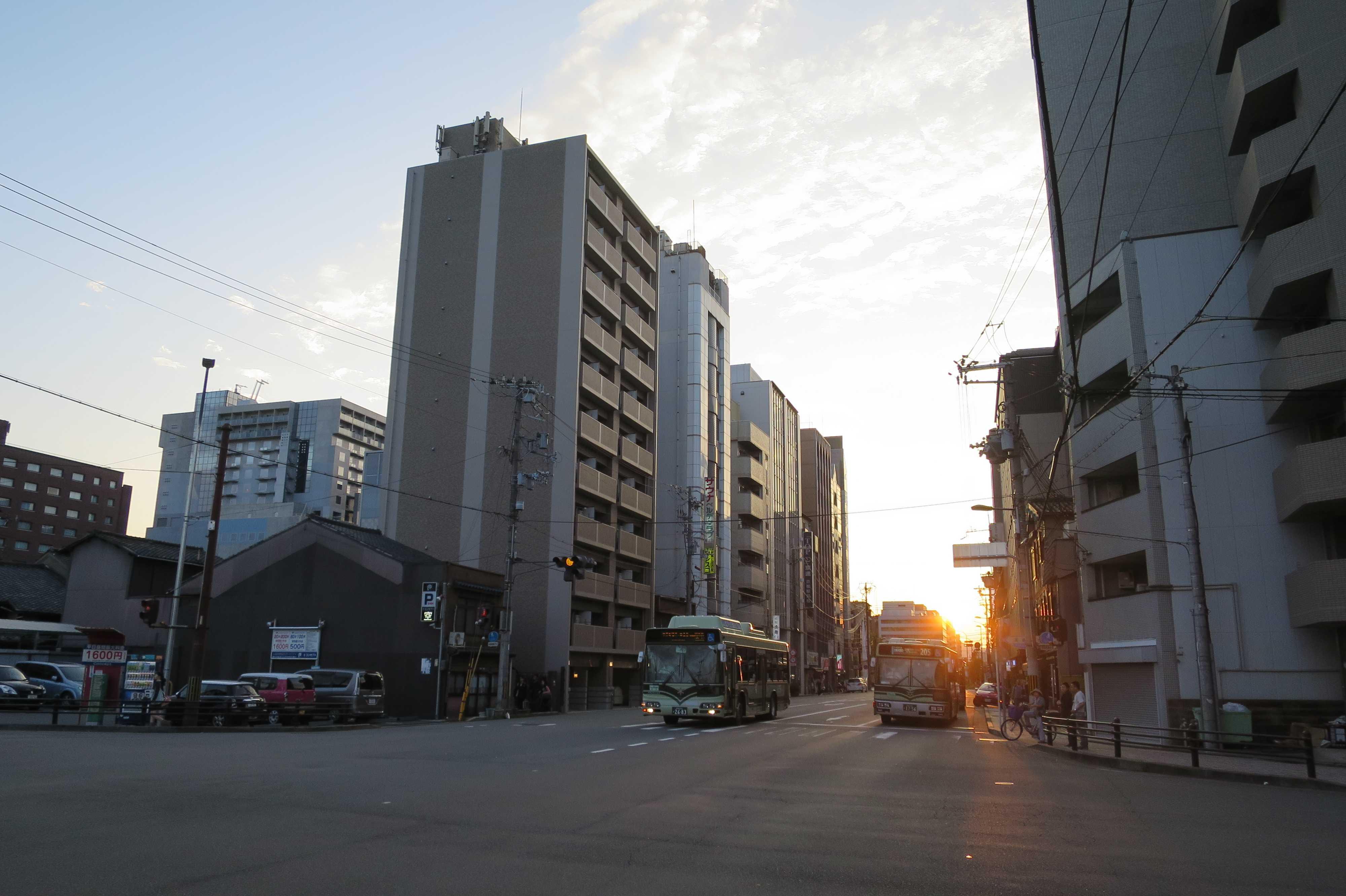 京都 - 夕暮れ時の京都