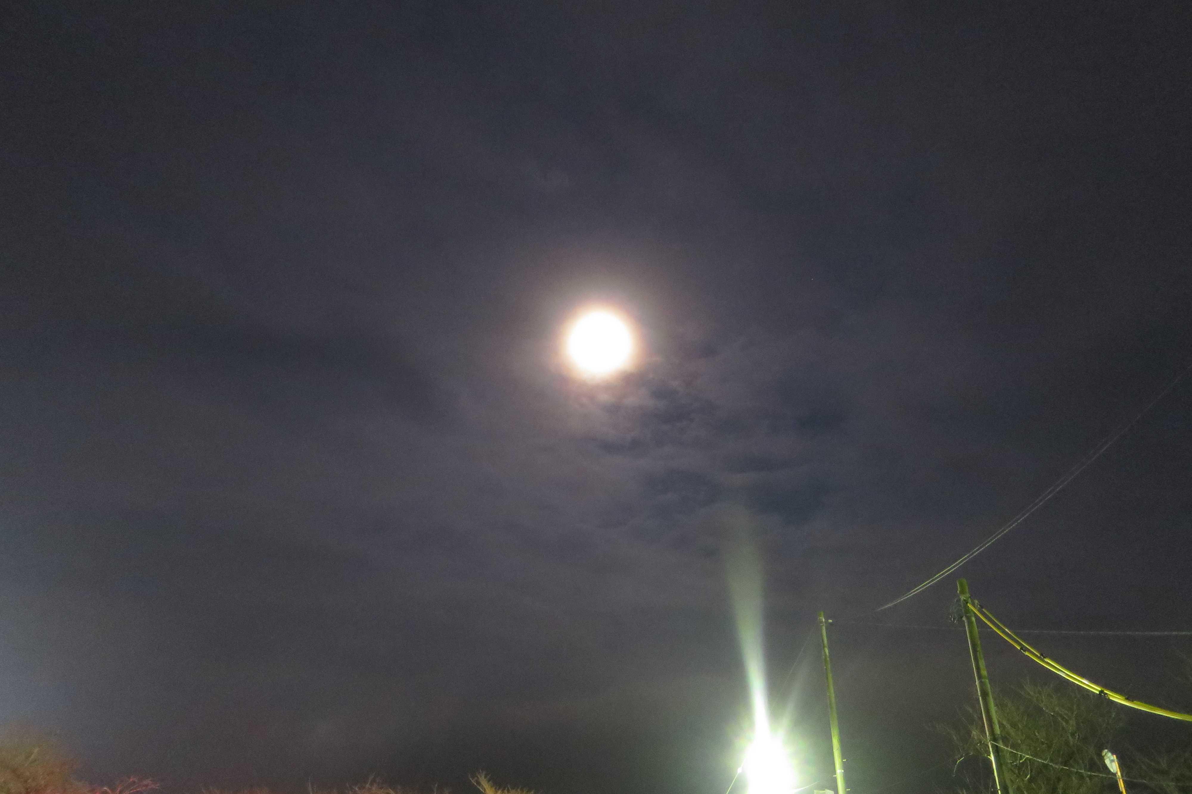 西大寺のお月様