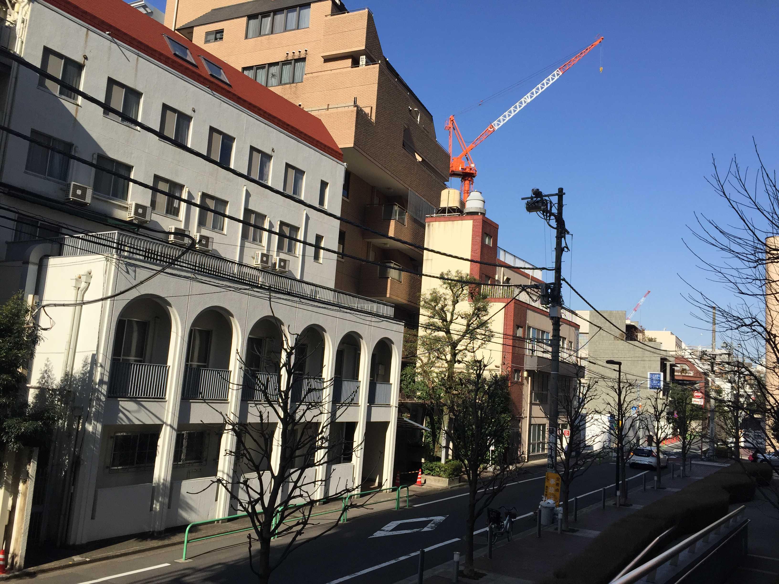 ベルギー大使館前の通り