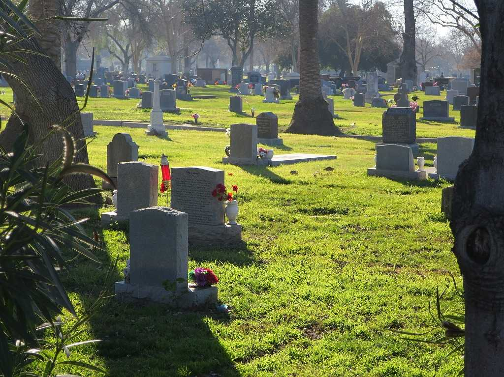 サンノゼ郊外・ホーム・オブ・ピース墓地