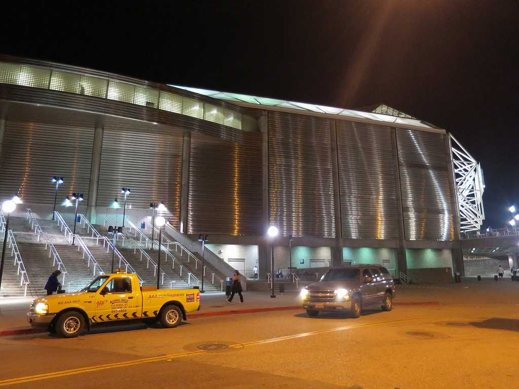 「SAPセンター・アット・サンノゼ」の駐車場側の入口