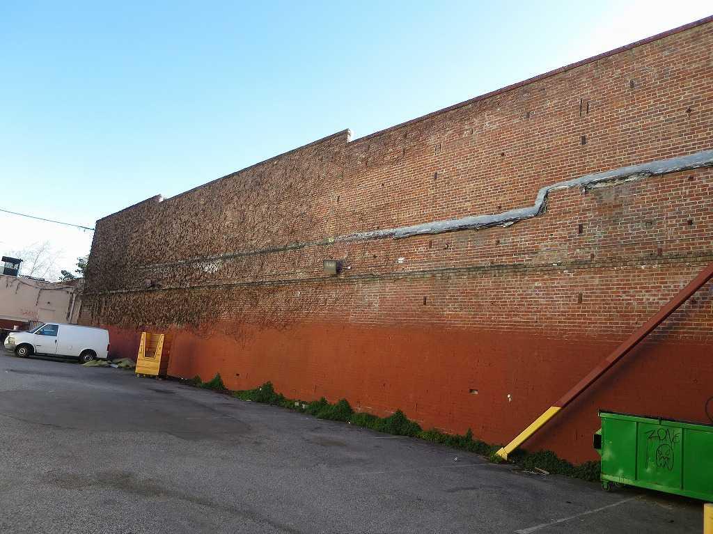 サンノゼ - レンガの壁