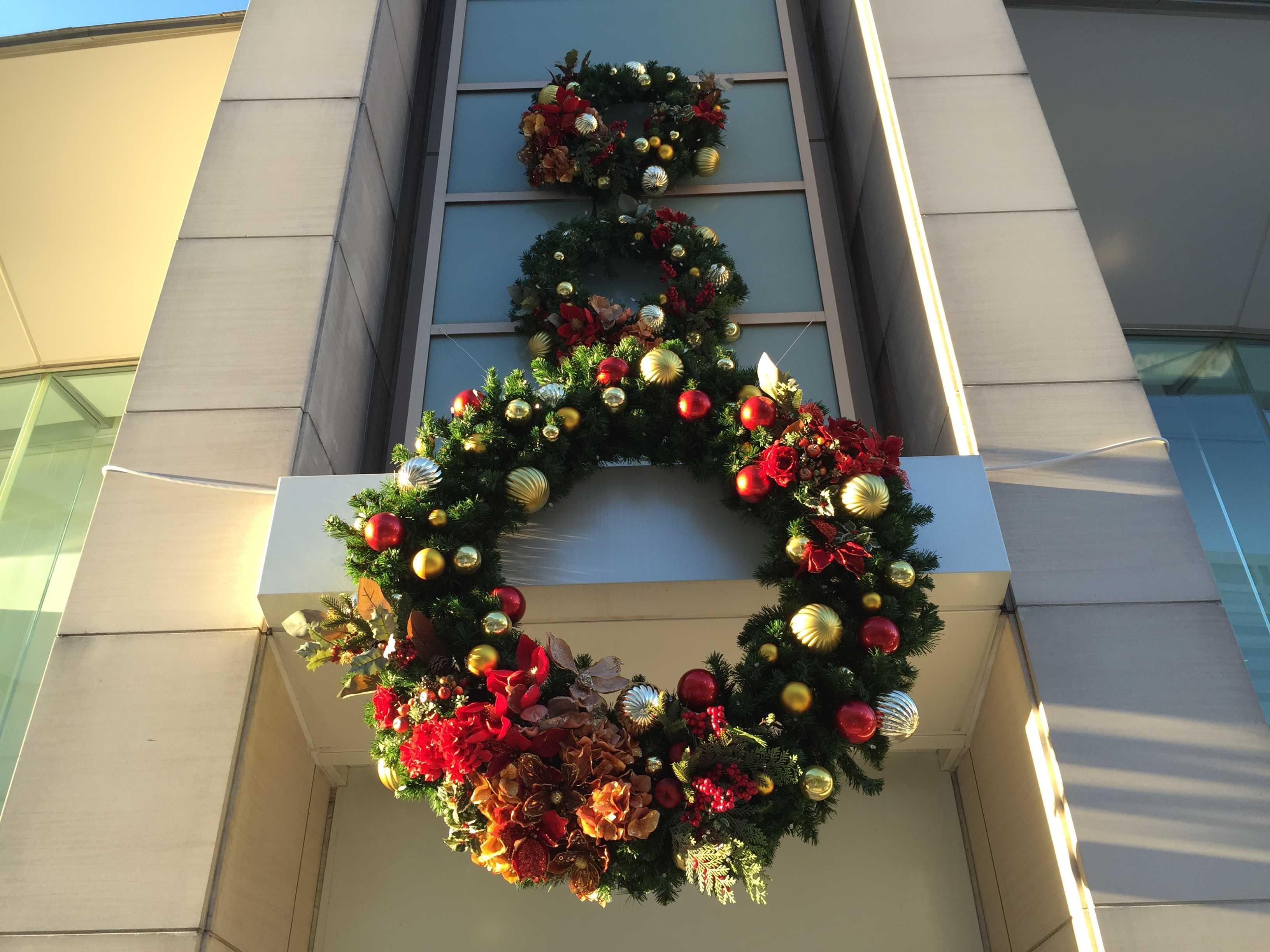 ヒルトン東京お台場のクリスマスリース
