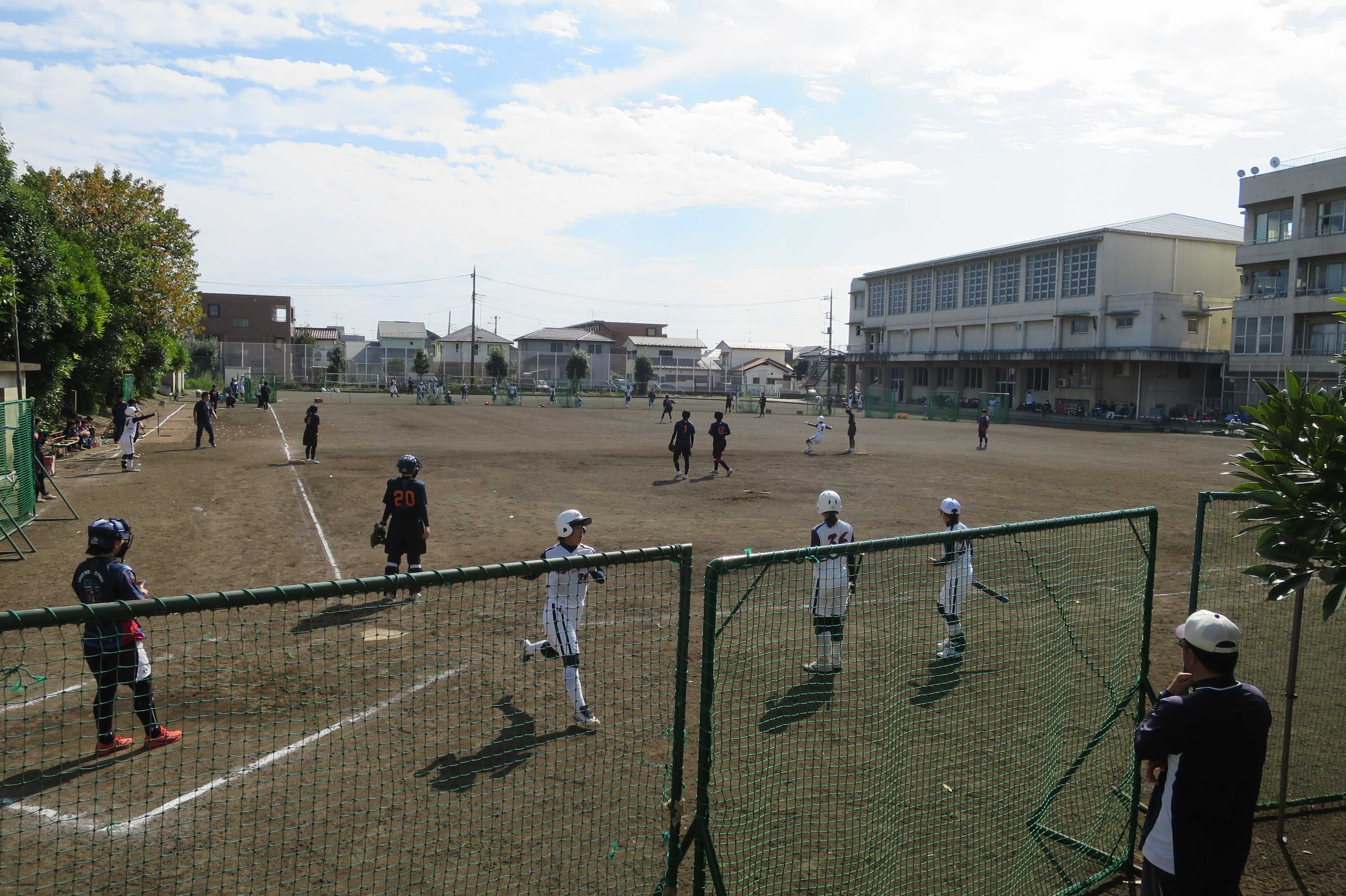 女子ソフトボール大会 - 光明学園相模原高等学校グラウンド