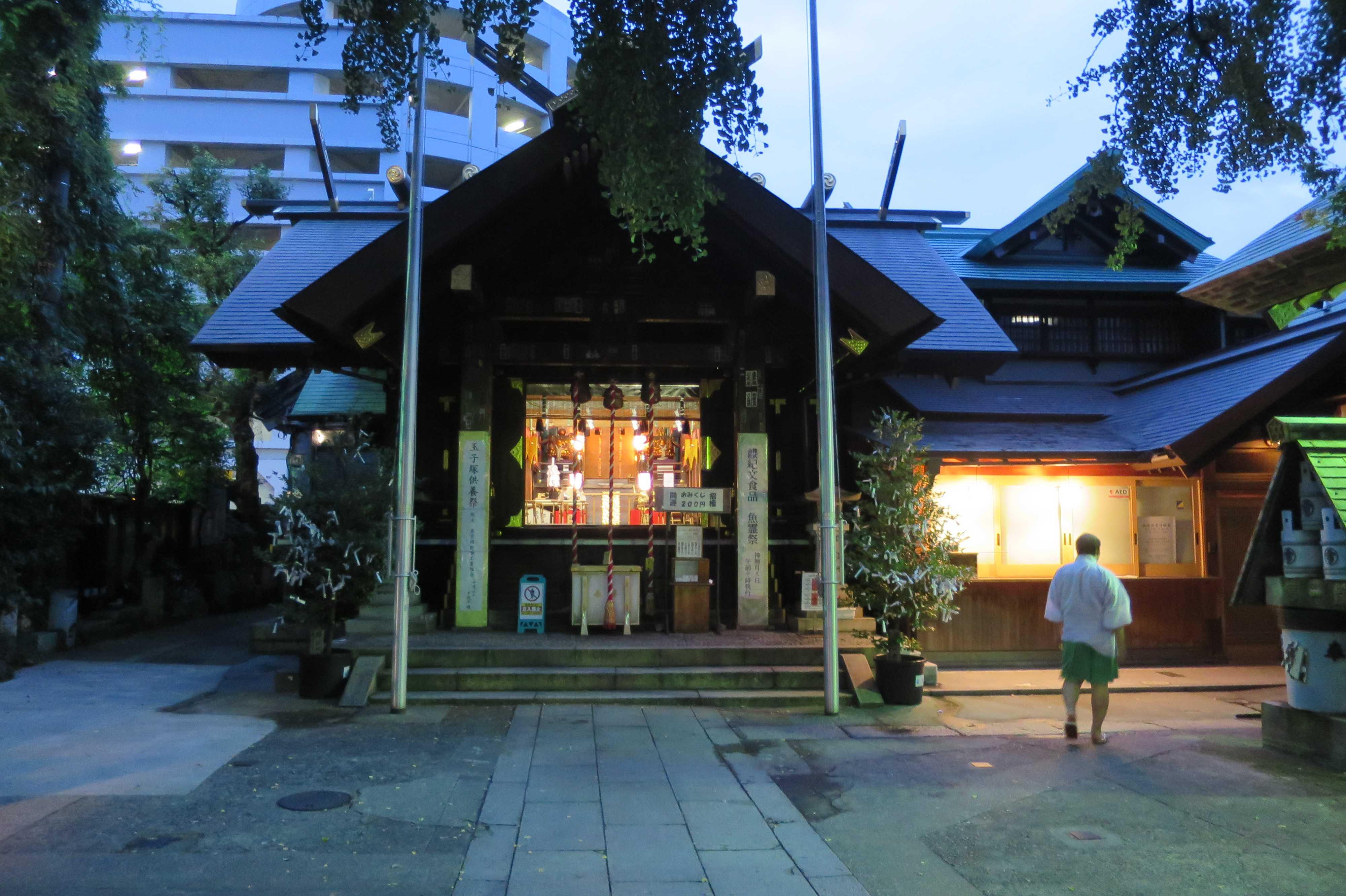築地場外市場 - 波除稲荷神社