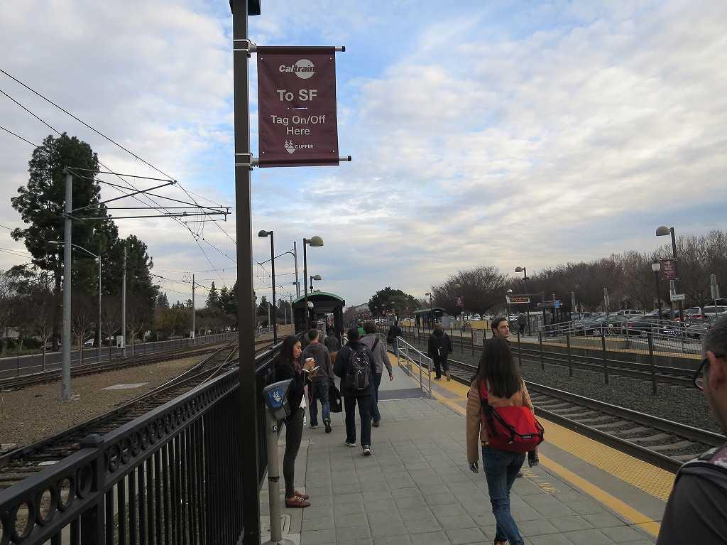 カルトレイン(Caltrain)- マウンテンビュー駅
