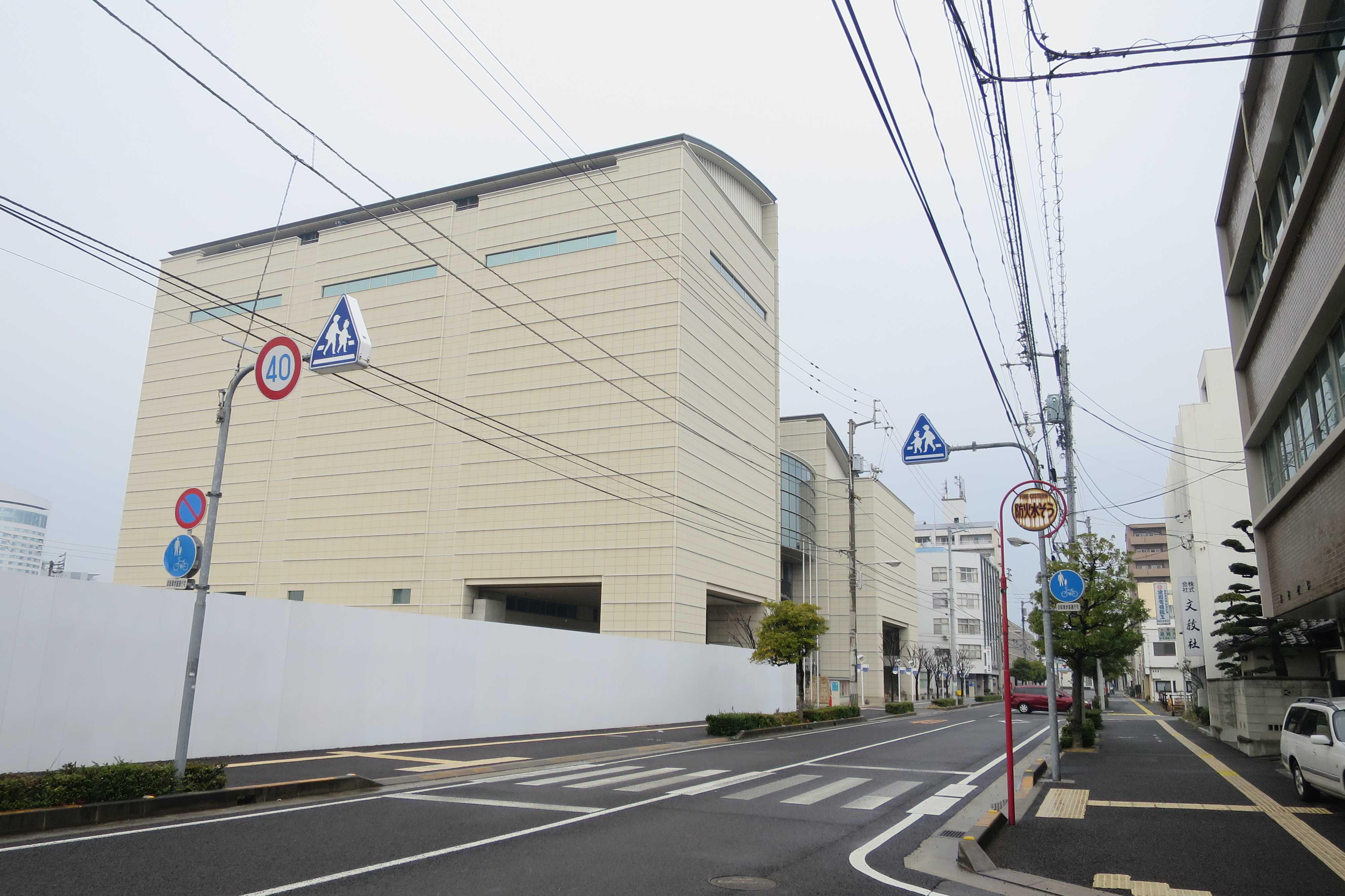香川県立ミュージアム外観